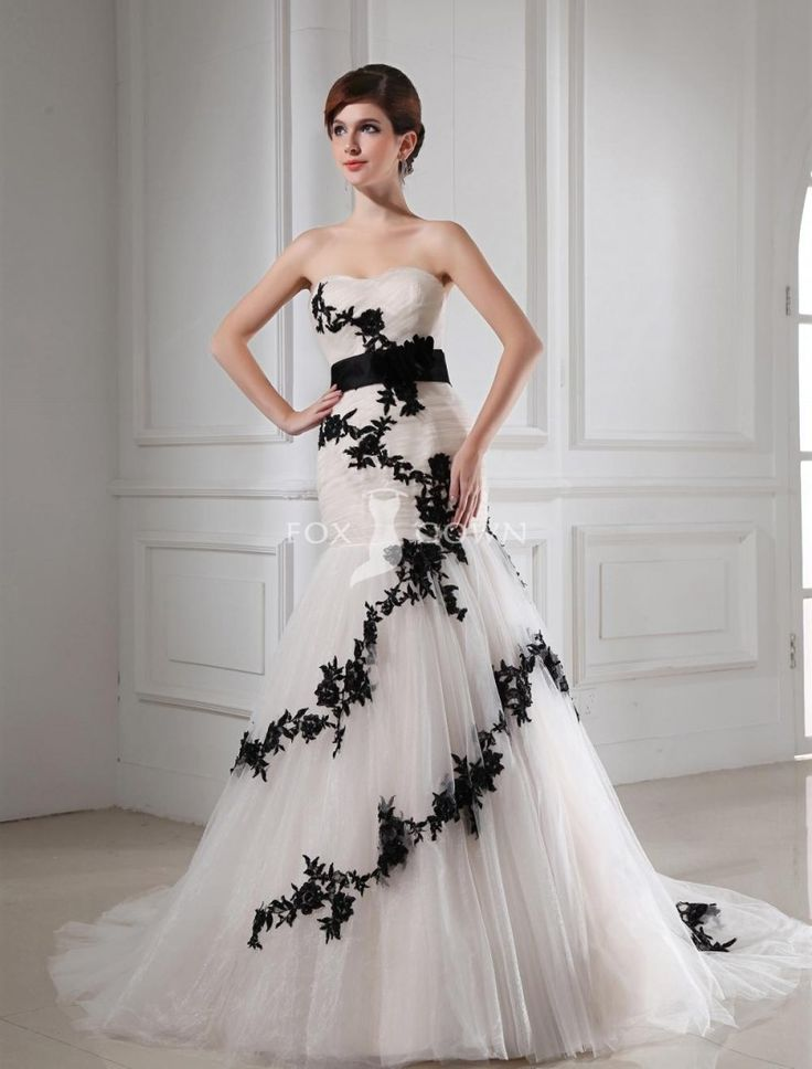Unique Ivory Strapless Wedding Dress