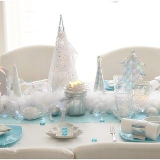Table de fête blanc et bleu