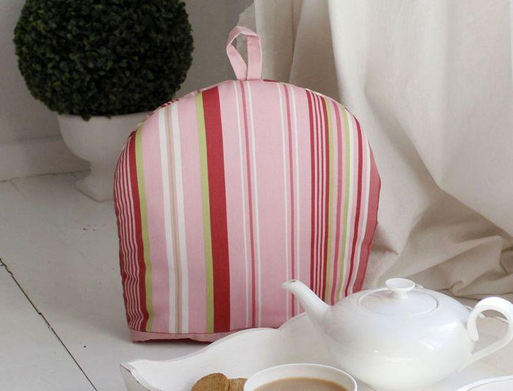 Teekannenwärmer,+rosa+Streifen+von+Splendid+Britain+auf+DaWanda.com