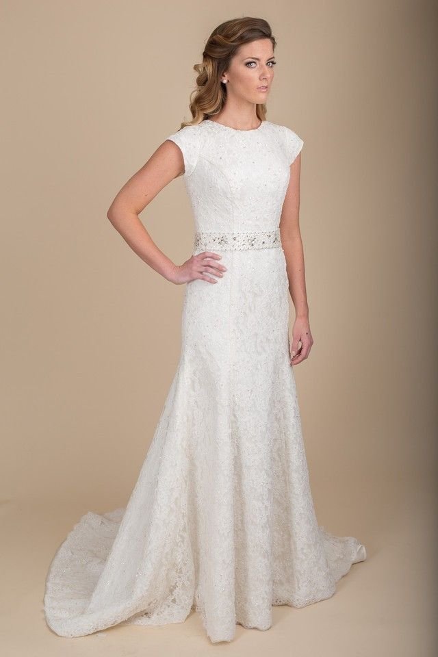 Maria claire calvi wedding dress for Sleek wedding dresses with sleeves