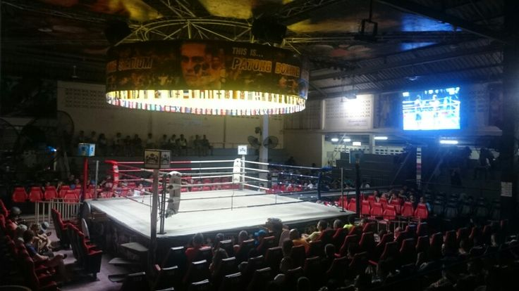 Mauy Thai Boxing in Patong.