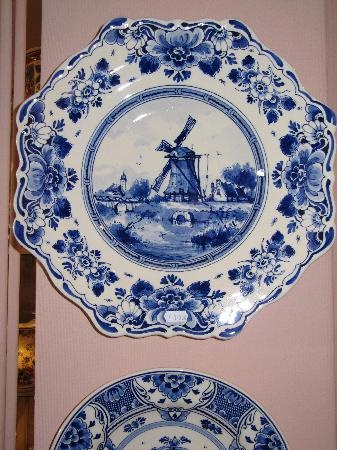 17 Best Images About Delft Pottery On Pinterest Plates