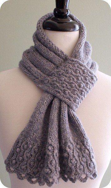 """Красивый шарф спицами с узором """"шишечки"""""""