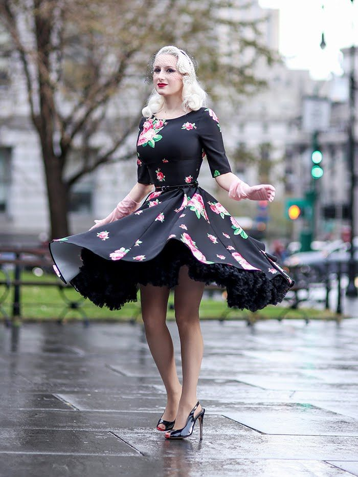Soiree season continues, and today I'm showcasing the perfect party frock! Designed by The Pretty Dress Company, Hepburn in floral is ro...