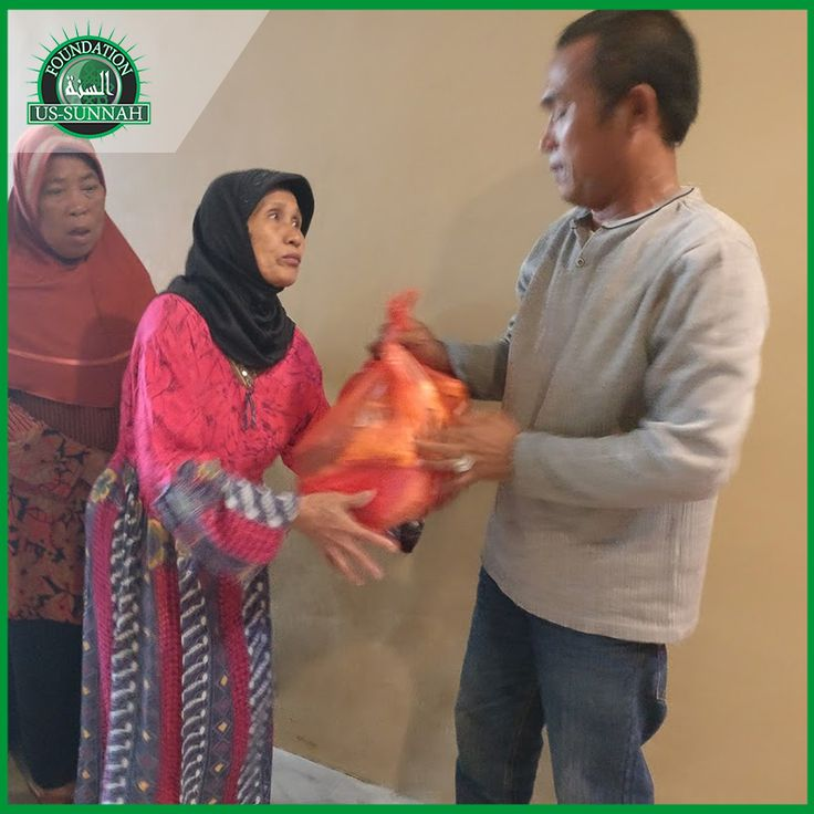 Each food bag provides a family with food supplies for the whole month. The cost is just $40 We have around 125 families to look after. We have received donations for 26 families If you wish to donate you can visit our website. Share this post so that others can help too. Jazak Allahu Khairan. https://goo.gl/rg7ppP #orphans #widows #needy #poor #hunger #poverty #children #help #care #love #share #relief #aid #food #muslims #islam #ummah #ussunnah #waqf #dawah