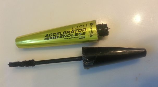 Rimmel Lash Accelerator Endless  Read full review at The Neon Leopard!
