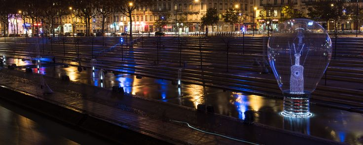 Fête des Lumières de Lyon. Photo credit: Bruno Martinier - Incandescence at Lyon Light Festival 1 - http://philips.to/1AamSgk