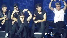 As 11 zoeiras mais marcantes do One  Direction em 2014 Vem logo, 2015! Queremos muitas outras brinks do 1D!