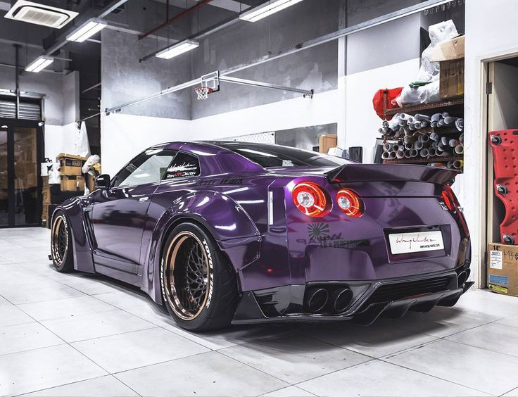 "110 Likes, 3 Comments - JY272 (@icyj95) on Instagram: ""#tbt midnight purpleeeee #libertywalk #nissan #gtr #r35 #r35gtr #v6 #turbo #engine #loud #exhaust…"""