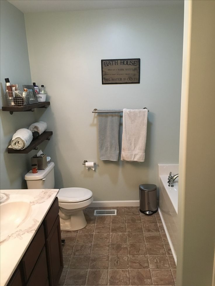 Filmy Green By Sherwin Williams In Bathroom Neutral Paint