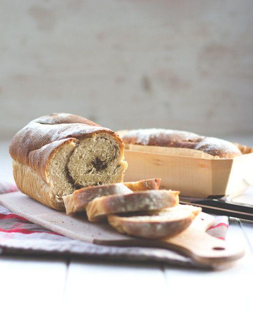 Kastenweißbrot mit Saaten-Swirl (Swirl Toast mit Kernen)