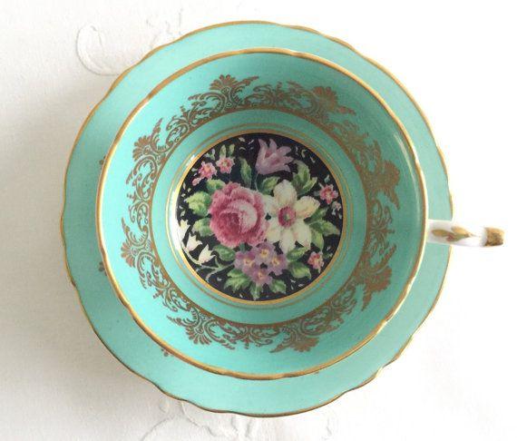 Beautiful Cabinet Duo Paragon China Tea Cup & Saucer