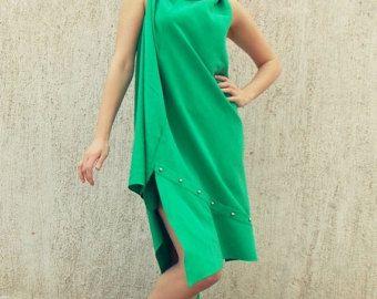 Vestito nero scarpe verdi moscato
