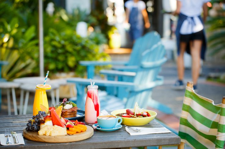 Breakfast, Boathouse style   Photo @timpascoephotography