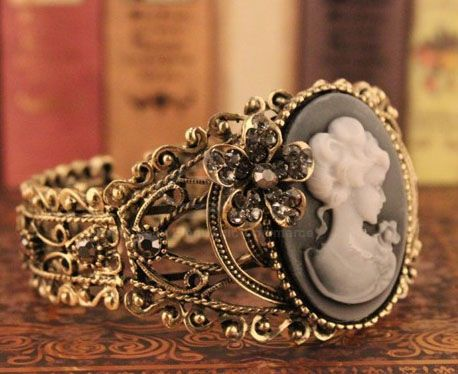 Retro Style Openwork Grave Alloy Bracelet For Women