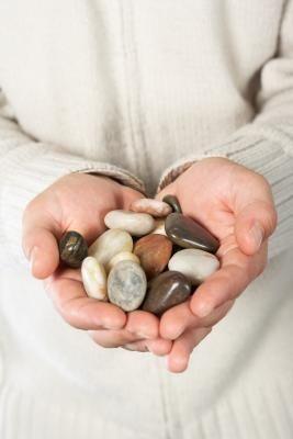 Cómo pulir rocas y gemas, sin una pulidora de piedras | eHow en Español