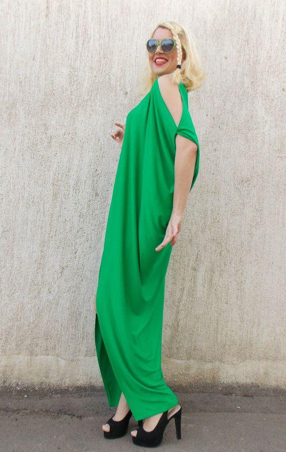 Green Kaftan / Green Maxi Dress / Asymmetric Plus Size by Teyxo