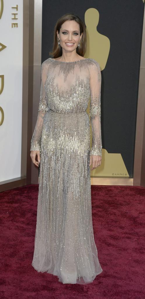 Angelina Jolie se someterá de nuevo a cirugía contra el cáncer
