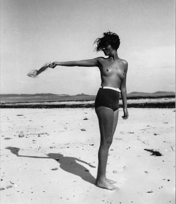 Bill Brandt, Woman on Beach