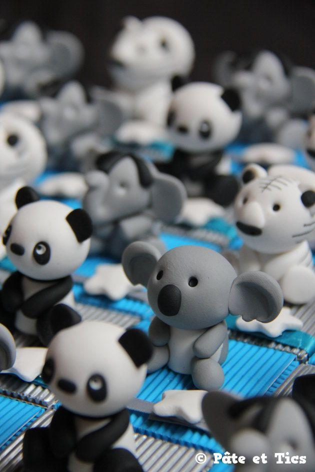 Boîtes à dragées animaux exotiques pandas, koalas et tigres blanc