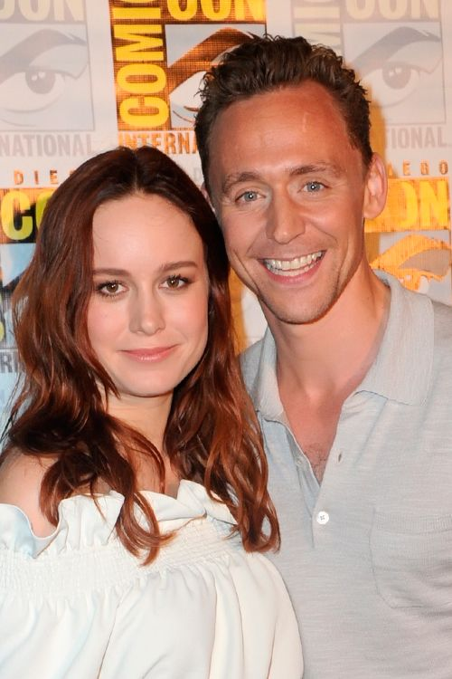 Brie Larson and Tom Hiddleston. San Diego Comic Con Warner Bros. Presentation Press Line - 23rd July. Full size image: http://tomhiddleston.us/gallery/albums/2016/events/230716ComicConPress/001.jpg. Source: Tom Hiddleton US http://tomhiddleston.us/gallery/displayimage.php?album=782&pid=35992#top_display_media