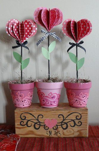 Needles 'n' Knowledge: DIY Lolly Hearts Flowerpots