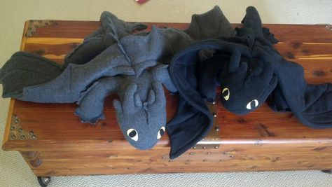 Mostly Nerdy Crochet: Toothless Sewing Tutorial