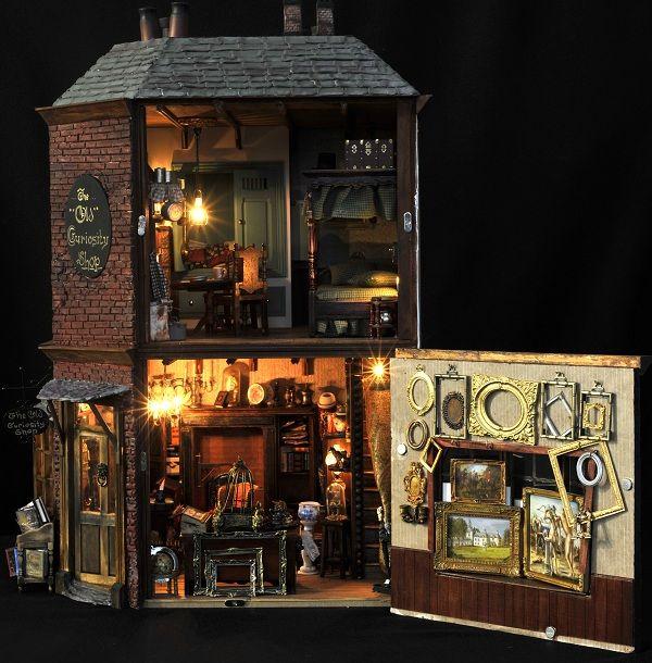 Netherlands Dickens Festijn - The Old Curiosity Shop (interior)