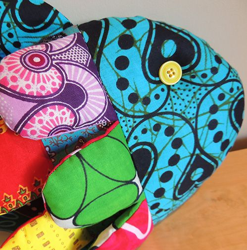 Pez - Cojines con formas de animalitos - Fish cushion - http://addisysumundoencantado.com/wordpress/pez-cojines-con-formas-de-animalitos-fish-cushion/