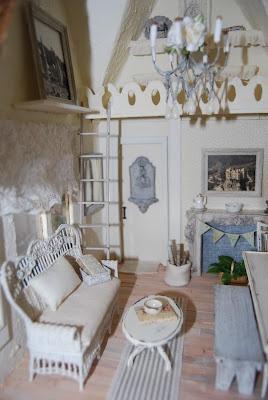 French country cottage - Storybook dollhouse via gammyslittlehouse.com