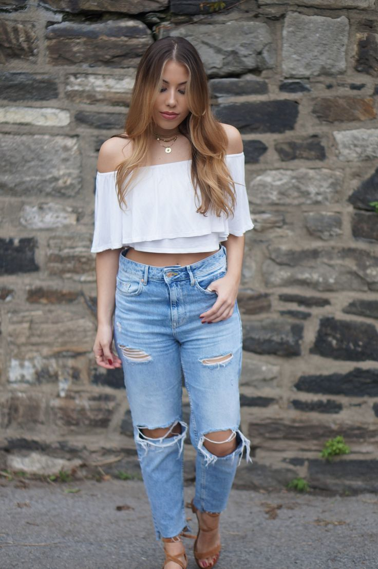 off the shoulder top, boohoo top, Zara jeans, Zara denim, ripped mom jeans, mom jeans, summer outfit, summer style, spring style, spring outfit, spring outfit inspiration, luv aj x sabo luxe, luv aj necklace, luv aj choker