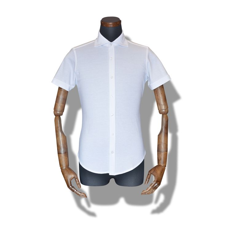 decollo shirts SS - white 360° stretch #mens #ladys #fashion #shirts #business #travel #pilot #italy #suits #narrowtie #style #white #monochrome #black #decollo #model #tokyo #shop #success #pinterest #decollouomo #cruise