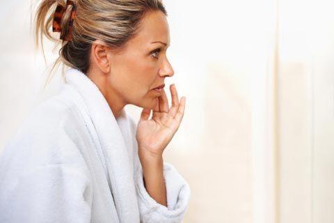 Infos über Wechseljahre und Beschwerden, deren Ursachen und wie Sie diese lindern können, wie z.B. Hitzewallungen, Hautprobleme, Deppresionen, Haarausfall, Bluthochdruck, ...