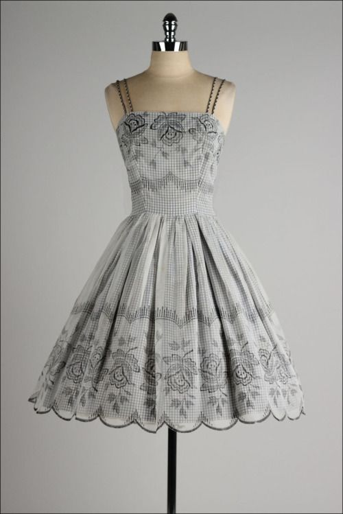 Dress1950sMill Street VintageFifty Shades of Grey romanticizes an abusive relationship.Instead of buying a ticket, donate to your local domestic abuse shelter.