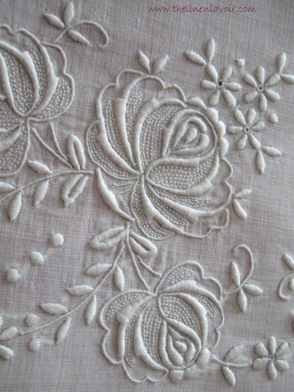 Antique Whitework Tablecloth Roses Embroidered Drawnwork Linen