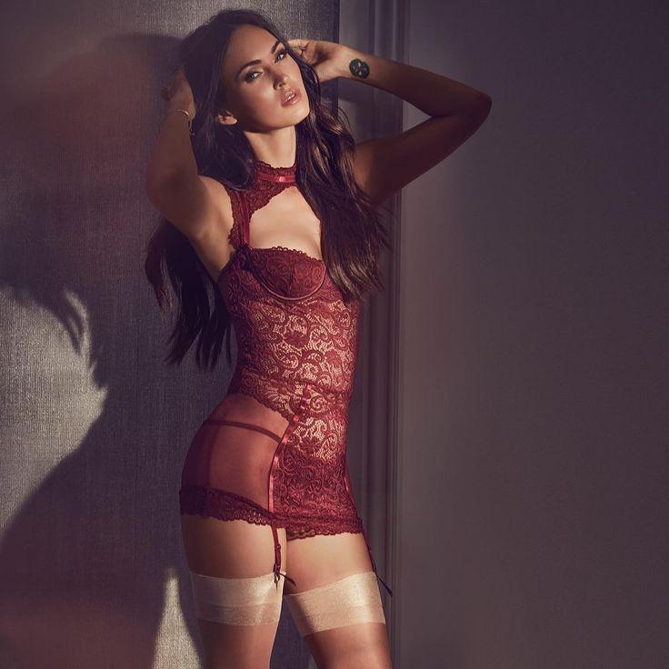 rossiyskie-zvezdi-v-erotichnom-bele-aktris-porno-filmov-marianna-foto