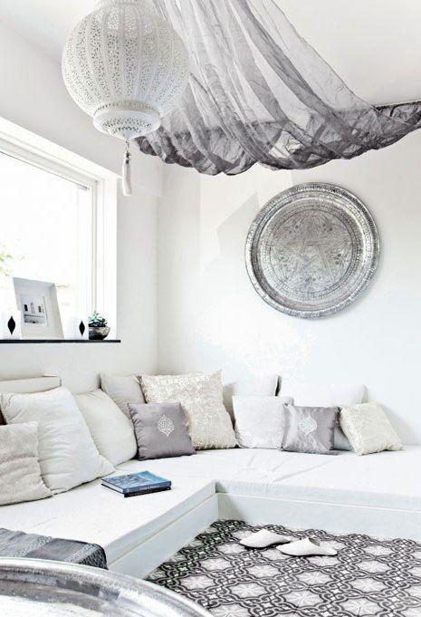 Best 25+ Floor seating ideas on Pinterest | Floor couch ...