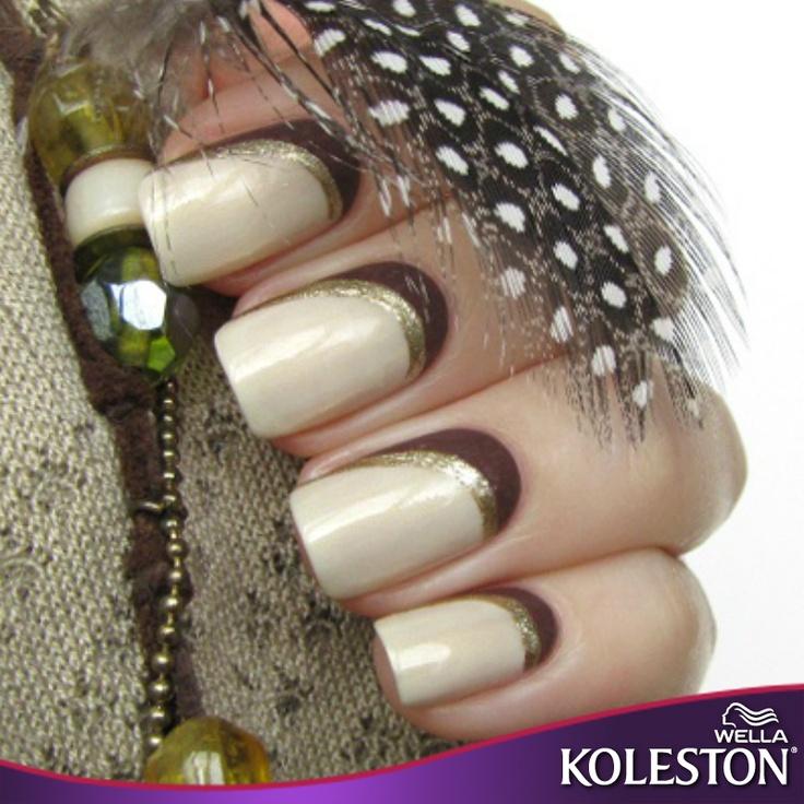 Luce increíble de pies a cabeza con este diseño de uñas en tonos beige que combina perfecto con tu color intenso Koleston. #Nails #Style