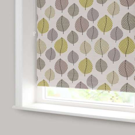 Freshen up your bedroom décor with our green and brown leaf blackout roller blind, designed to exclude external light disturbances such as street lamps so that you can sleep undisturbed.