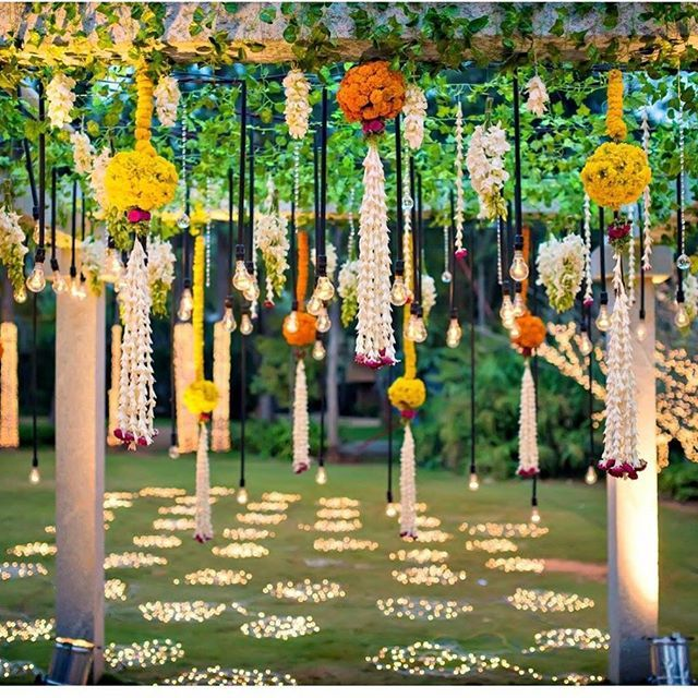 Flower decoration by one of the famous wedding planners - 3 production weddings