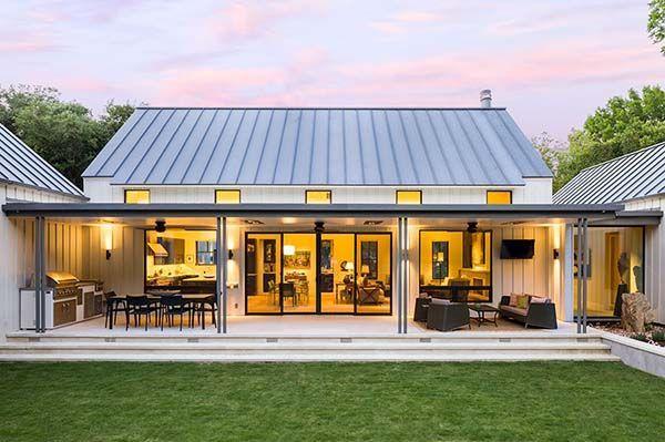 Dream House Tour An Exceptional Modern Farmhouse In Rural Texas Barn House Plans Modern Farmhouse Exterior Modern Farmhouse Plans