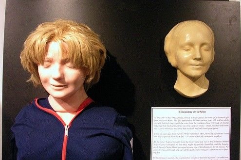 In 1958, the mask was used to create the first ever Resusci Anne, used for CPR courses. This is why the face of the <em>L'Inconnue de la Seine</em> is said to be the most kissed face of all time.