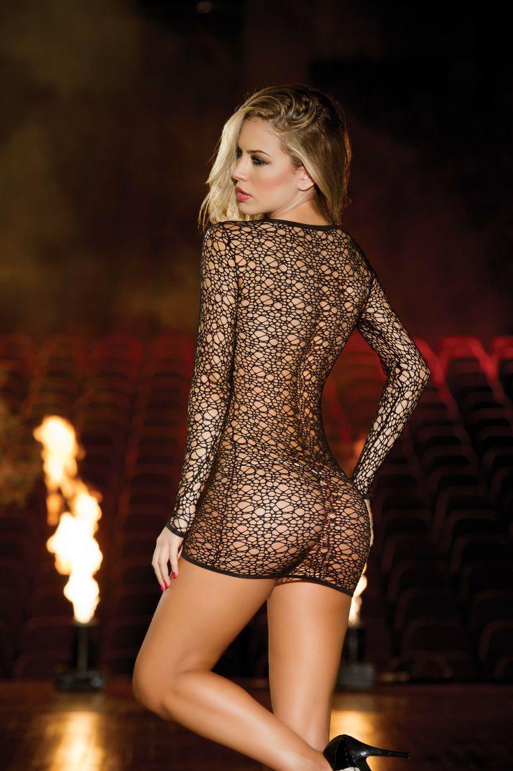 Попка в прозрачном платье, супер пьяная порно