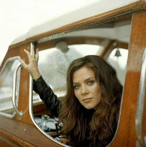 If I didn't look like myself, I would hopefully look like Anna Friel.