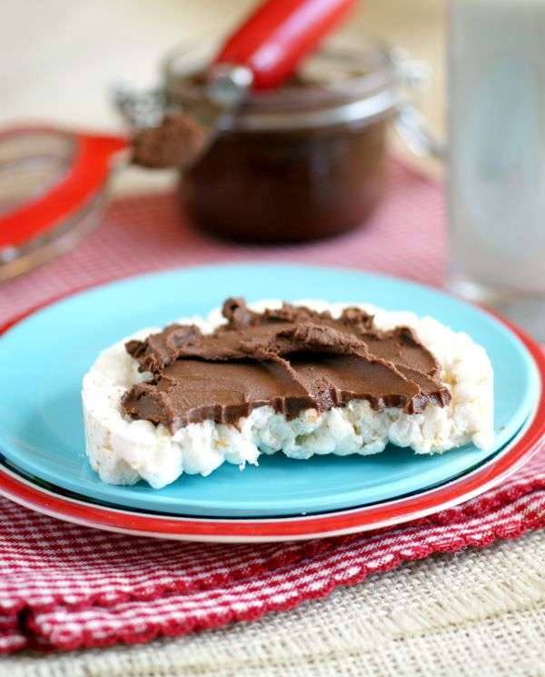 Cacao Bliss Spread is a great way to enjoy raw coconut-cacao spread withut the expense! #vegan #grainfree #candida #sugarfree @rickiheller