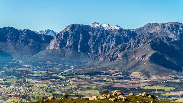 Video tour of Paarl.