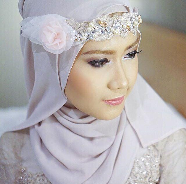 Lulu Elhasbu | Beauty of Hijab | InstaCrop by Suheri034