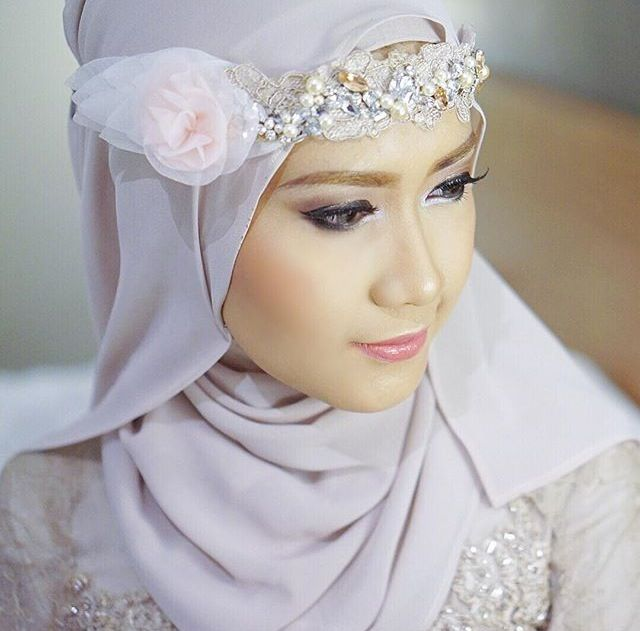 Lulu Elhasbu | Beauty of Hijab | InstaCrop by Suheri034