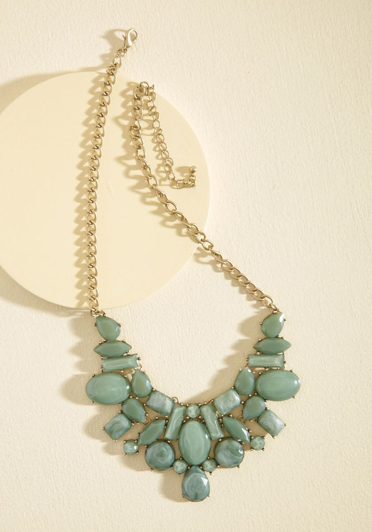 Statement Your Business Necklace in Sage | Mod Retro Vintage Necklaces | ModCloth.com From the workplace to the weekend, you make a fashionable statement with this soft green necklace. Combining a golden curb chain with a cluster of faux gemstones, this dazzling neckwear markets your focus on style!