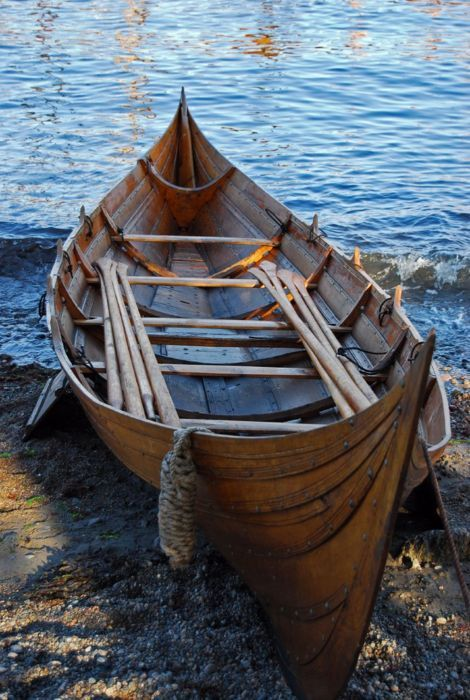 thewaynorth:    Viking rowboat;Stavern, Vestfold